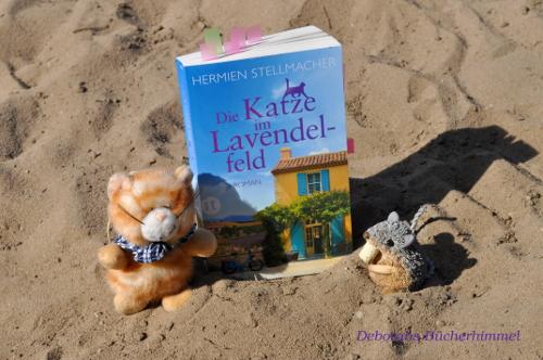 Hermien Stellmacher - Die Katze im Lavendelfeld