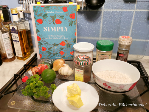 Zutaten zur Vorbereitung des Tomaten-Knoblauch-Reis.