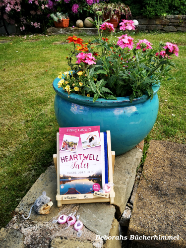 Finny Ludwig Heartwell Tales 2 vor Blumentopf mit Blogmaus